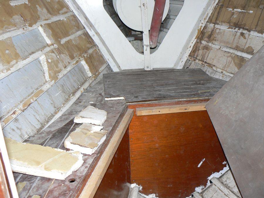 menuiserie et am nagement bateau la rochelle. Black Bedroom Furniture Sets. Home Design Ideas